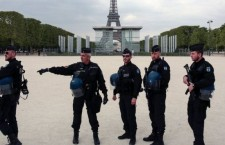 _95802257_frenchpolice