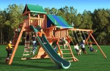 детская площадка. карусель, качели